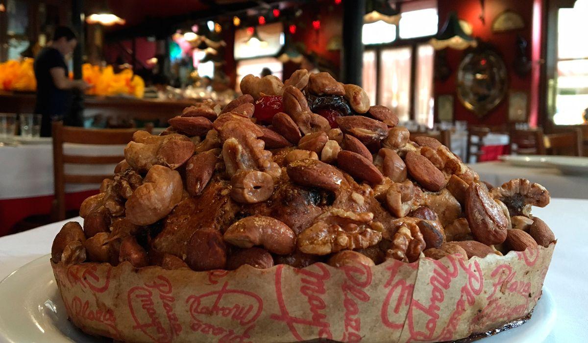 Navidad más cara: cuánto aumentó el pan dulce de Plaza Mayor, el que todos buscan en Argentina