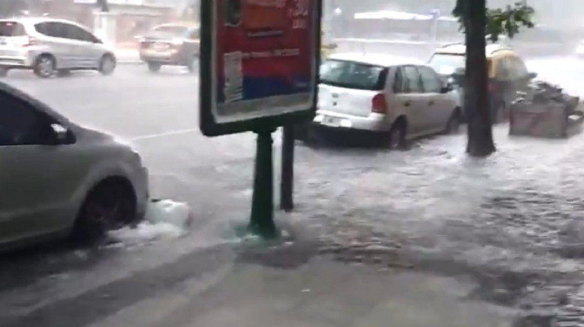 Diluvió y granizó en la Capital Federal y el conurbano bonaerense