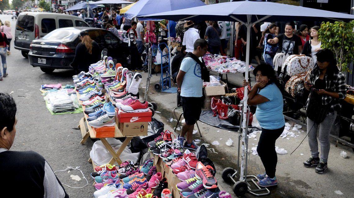 Este año se perderán $25.235 millones en IVA por el comercio informal