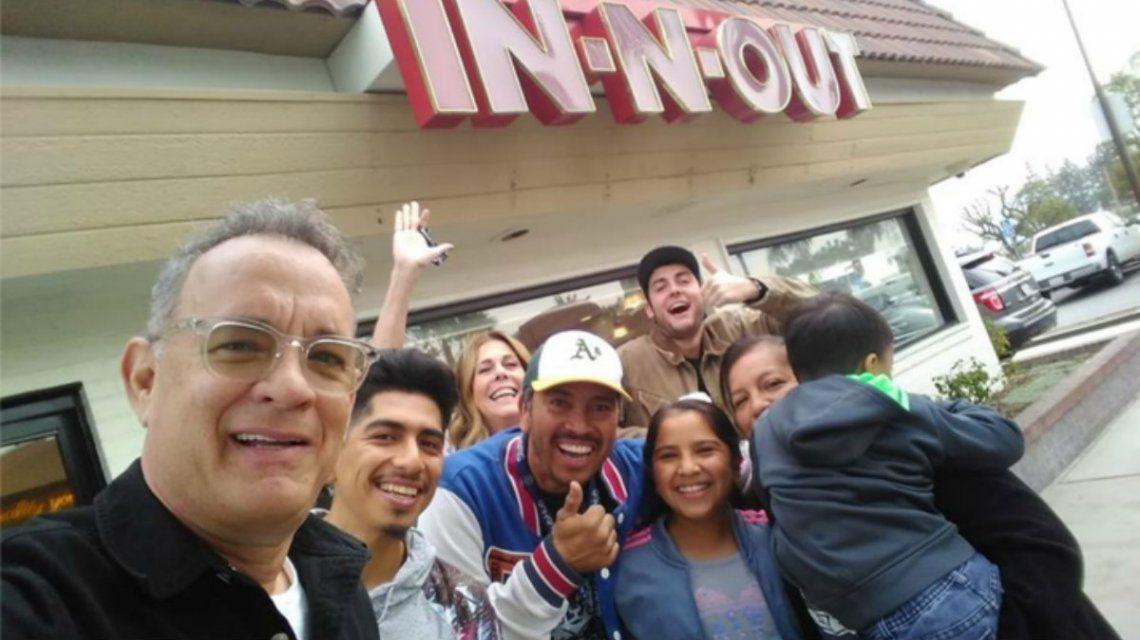 Espíritu festivo: Tom Hanks le pagó la cuenta a todos los clientes de un restaurante