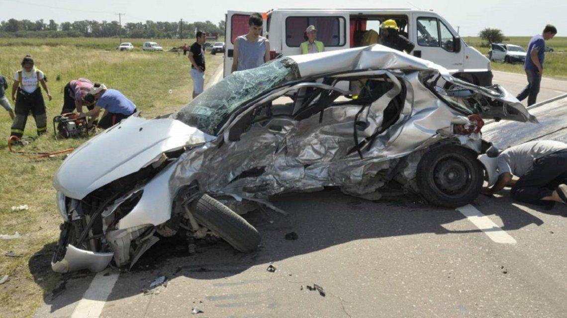 Tres adultos, una embarazada y tres nenes muertos por un trágico accidente en La Pampa