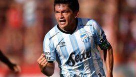 Del fútbol a la política: el Pulga Rodríguez se afilió al PJ en Tucumán