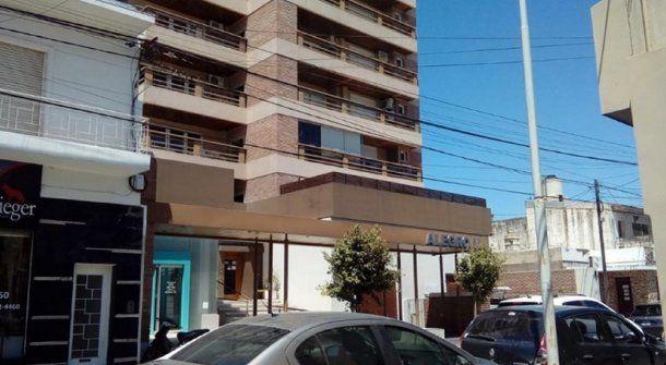 El edificio donde se produjo el episodio. Foto: Puntal