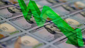 El dólar cayó seis centavos en el debut de la nueva banda de flotación