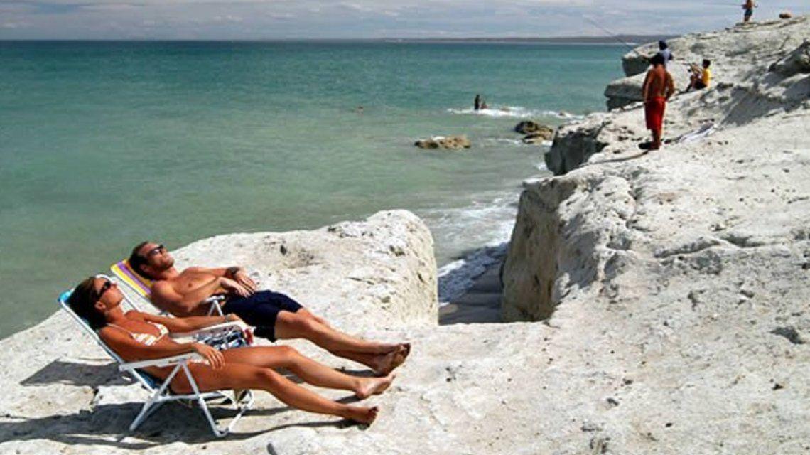 Ni Mar del Plata ni Pinamar: Las Grutas fue elegida como la mejor playa de Argentina