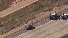 Tras dos horas de tensión, redujeron al conductor que atropelló en Los Ángeles