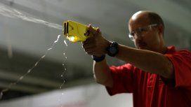 Macri vuelve a la carga por las pistolas Taser y busca llevarlas a todo el país