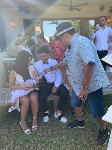 Diego bendice a su nieto<br>