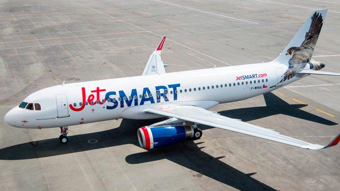 A pesar del accidentado vuelo inaugural, el Gobierno le dio más rutas aéreas a JetSmart