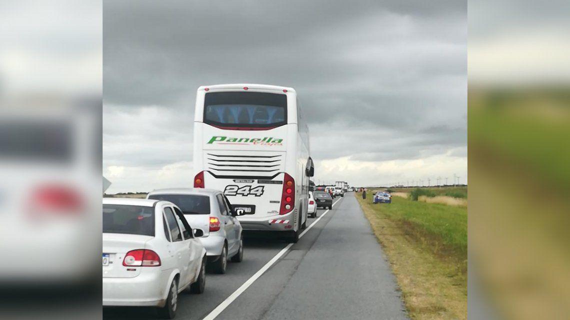 Un choque frontal entre dos autos en la Ruta 11 dejó al menos 7 heridos