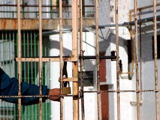 el recorte de bullrich: solo el 6% de los detenidos son extranjeros y la mayoria no tiene condena