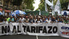 Multitudinaria marcha de antorchas: Debemos aunar esfuerzos para dar marcha atrás con estos aumentos