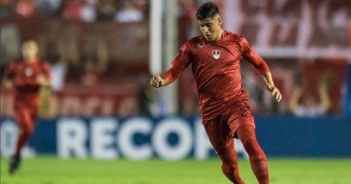 Alan Franco jugando la Recopa Sudamericana 2018