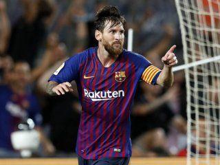 Messi celebró su gol número 400