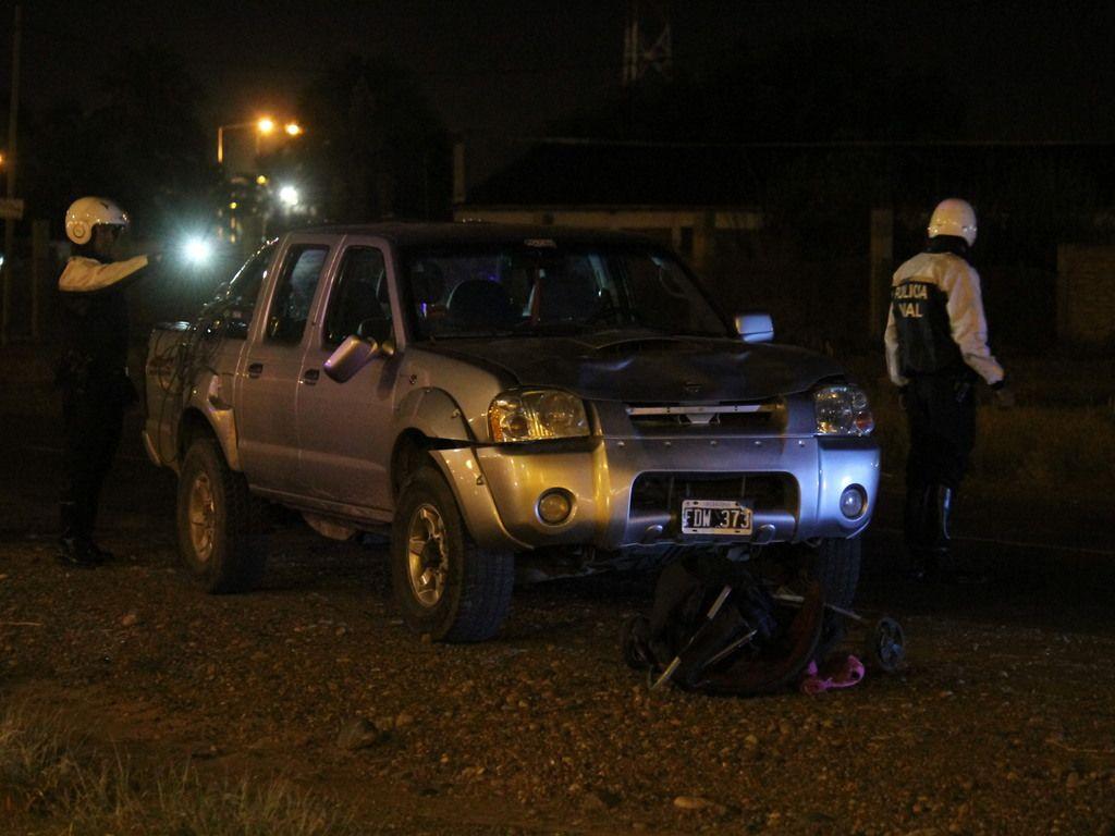 Un conductor borracho atropelló a una familia en Mendoza: mató a una nena y a una joven