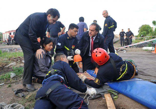 Daniel Scioli durante el rescate de Vanesa<br>