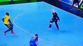 El Mundial de handball y un penal que desafía la lógica: ¿cómo hizo?