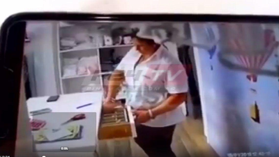 Fue a tomar mate al local de una amiga, le robó y quedó escrachada
