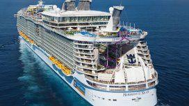 Un joven murió al caer desde un octavo piso de un crucero en el Caribe