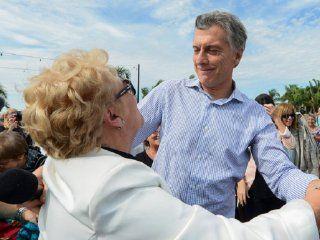 #lamarchadelosbanquitos, la protesta de los jubilados contra las politicas de macri