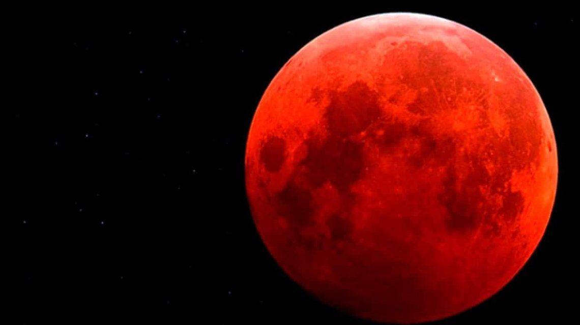 En la noche del domingo se podrá ver una superluna de sangre