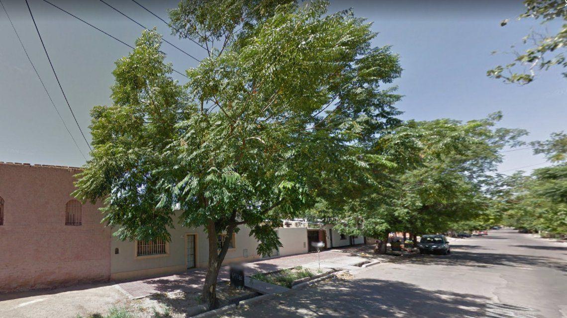Otro femicidio en Mendoza: una mujer de 49 años fue asesinada a puñaladas por su ex pareja