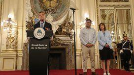 Con Bullrich al lado, Macri arrancó la campaña: El que las hace, las paga