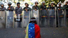 Un país en crisis y con dos presidentes: ¿qué está sucediendo en Venezuela?