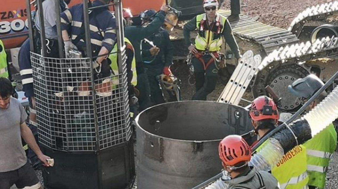 Los minero bajarán con un equipo de casi 15 kilos para abrir el túnel hasta Julen. Foto: Instagram