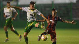 Triunfo agónico: Defensa le ganó a San Lorenzo y se sube a la punta con Racing
