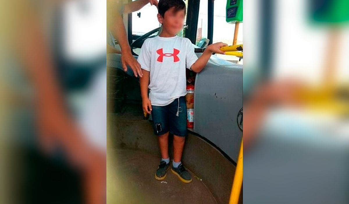 La Plata: un nene fue olvidado por sus padres en un colectivo