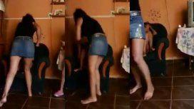 Una nena grabó a su mamá golpeando a su hermana