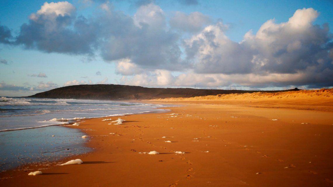 Los cojines aparecieron en una playa cerca de Surainville en la península de Cotentin.