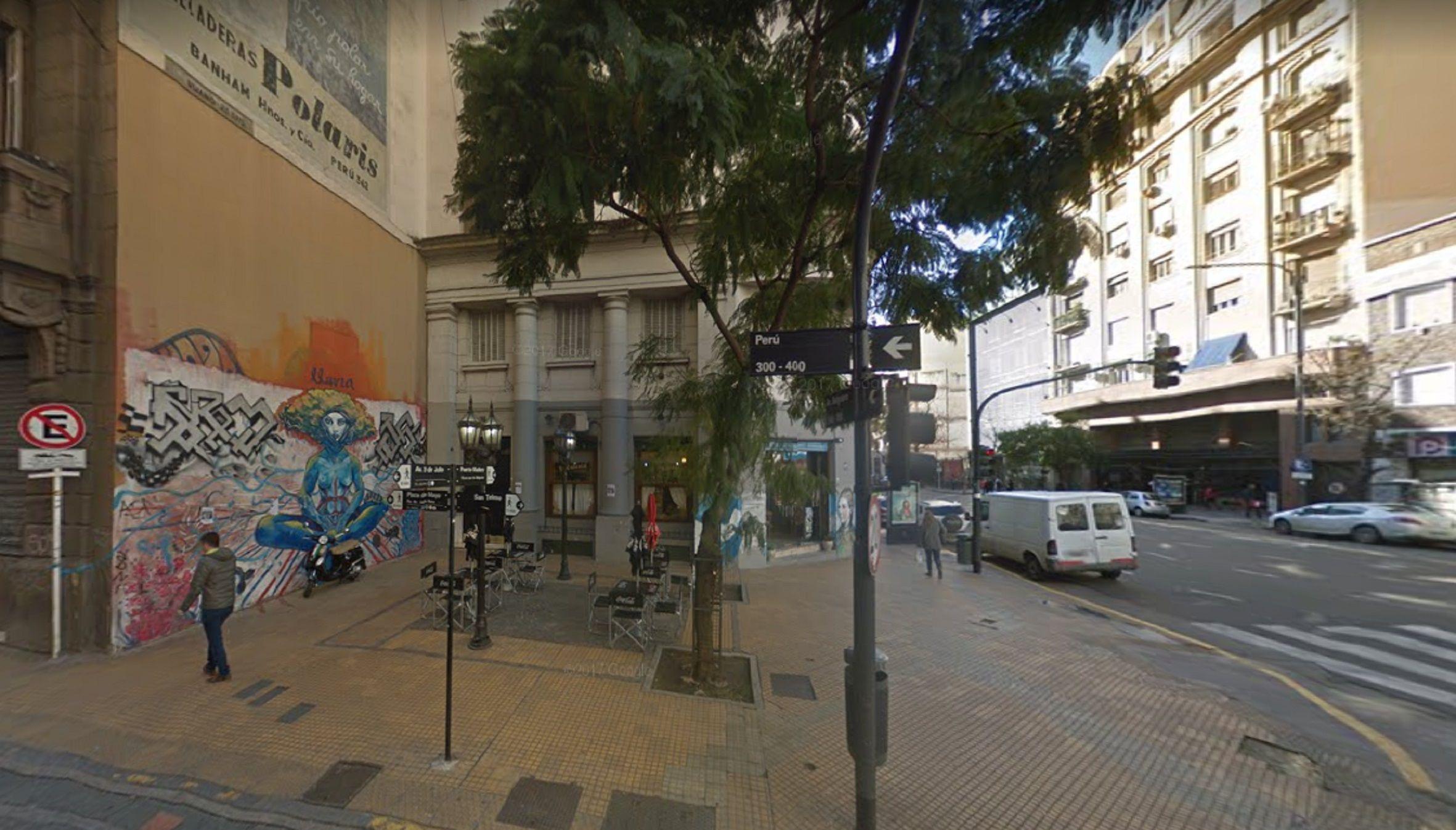San Telmo: hirieron de una puñalada a un turista canadiense para robarle el celular