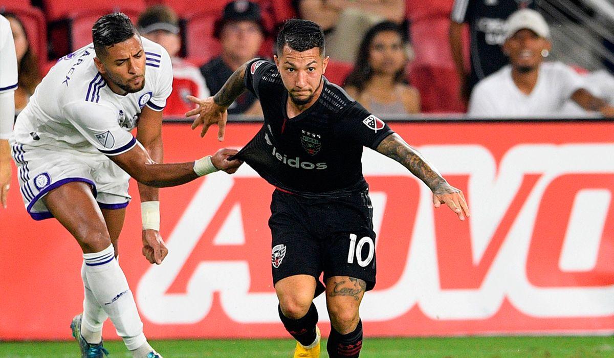 El ex Boca Luciano Acosta, cerca de firmar con el PSG como reemplazo de Neymar