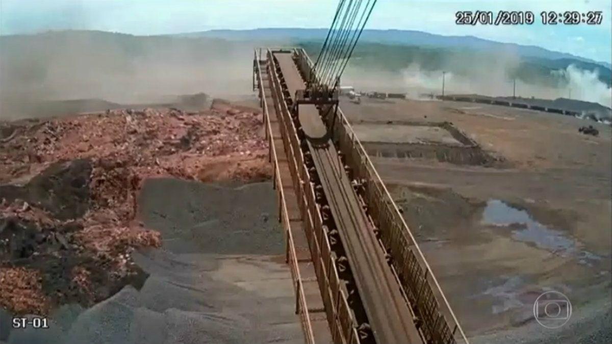 Así fue el avance del alud de desechos al ceder la represa en Brumadinho