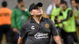 Maradona rechazó la propuesta para dirigir a Gimnasia La Plata