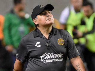 sorpresa: maradona, candidato a dirigir un equipo del futbol argentino