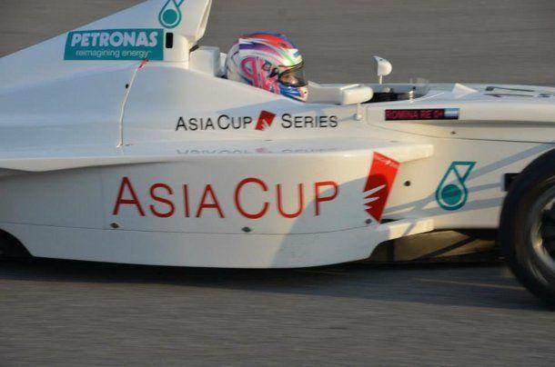 Romina Re compite en las carreras más exigente del mundo.