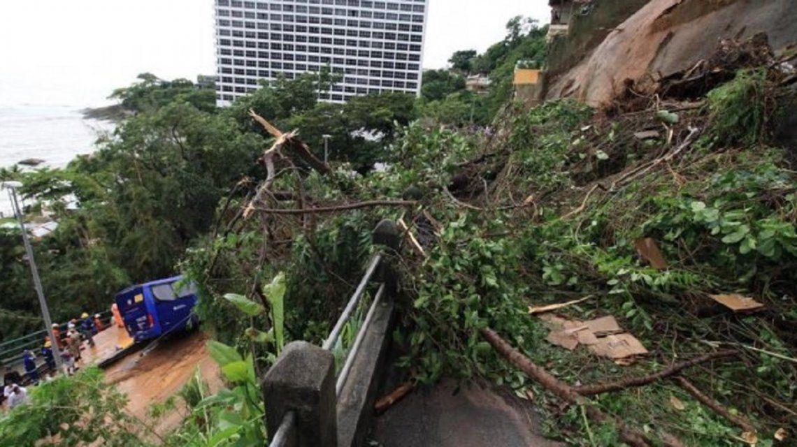 Muertes, desapariciones y estado de crisis: un devastador temporal azota a Río de Janeiro