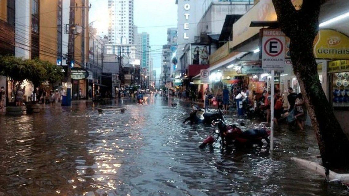 Ya son al menos 6 los muertos por el  devastador temporal en Río de Janeiro