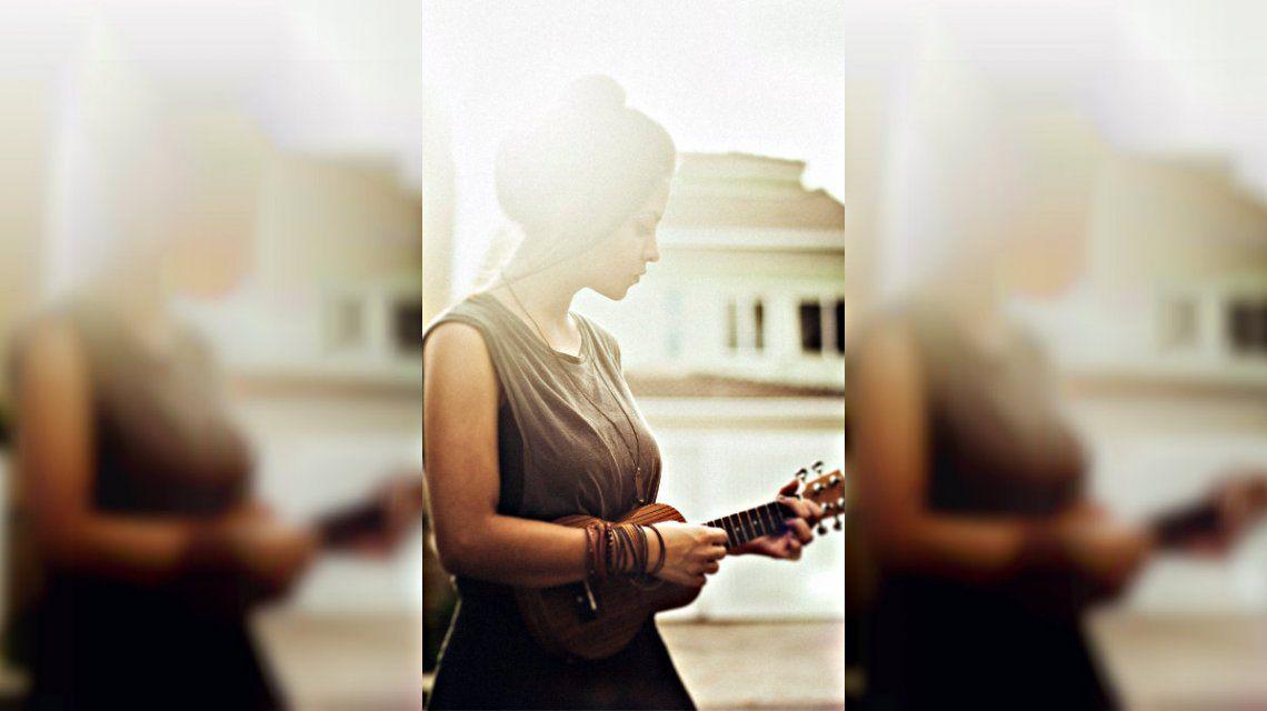 El ukelele, un instrumento pequeño que se ganó un enorme lugar en la música pop