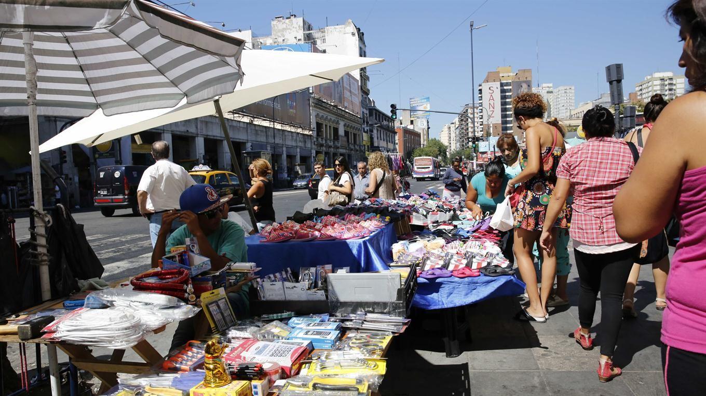Por la crisis, la venta ambulante aumentó 252% en enero