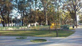 Tucumán: filmaron a un aparato de gimnasia que se mueve solo en una plaza