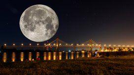 Superluna de nieve: así se la vio en la Argentina
