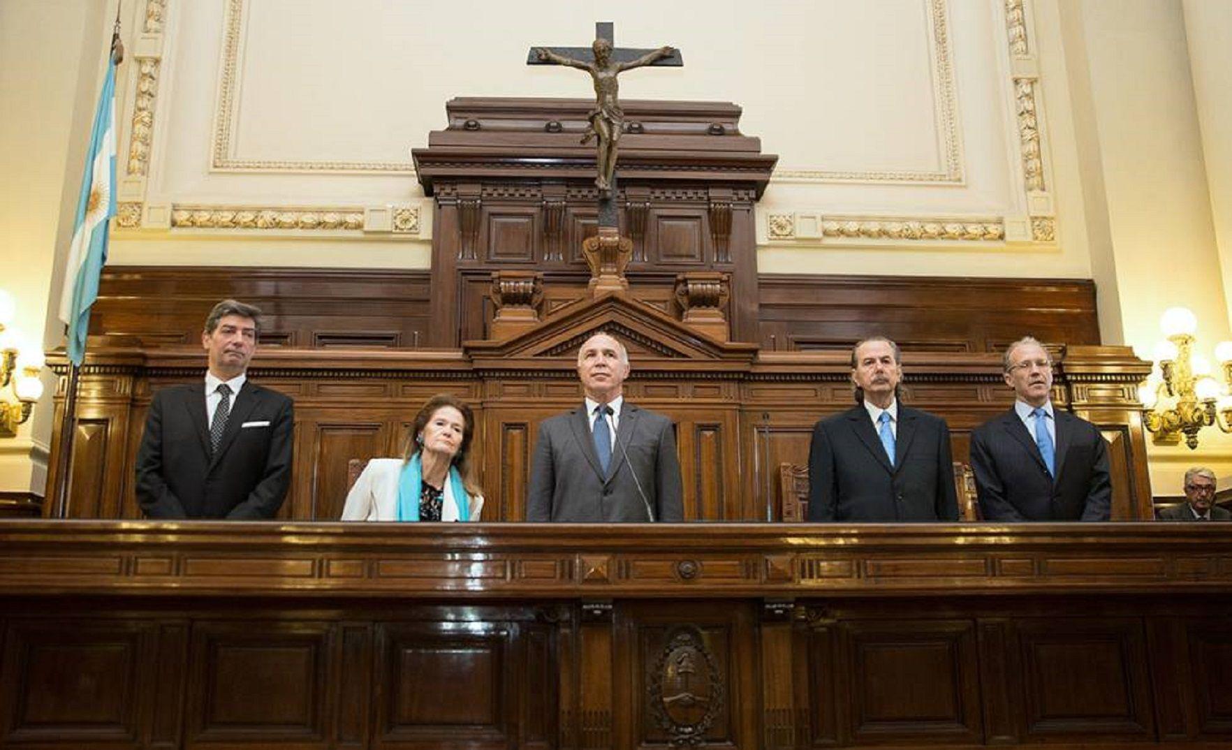 Reducción del IVA y Ganancias: la Corte falló a favor de las provincias