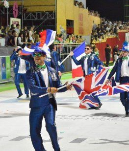 Polémica por la exhibición de banderas británicas en el Carnaval de Corrientes