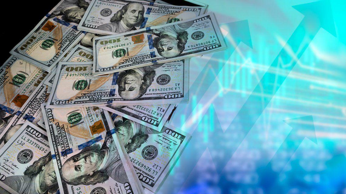 El dólar no encuentra techo, subió por séptimo día consecutivo y quedó al filo de los 45 pesos