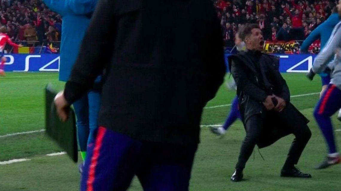 Diego Simeone celebró con un gesto a la tribuna