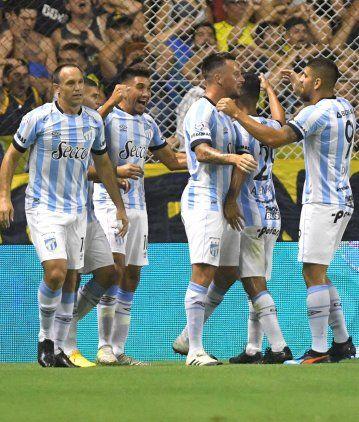 Boca no supo mantener la igualdad y pierde con Atlético Tucumán en la Bombonera